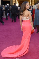 kerry-washington-coral-dress-2013-oscars