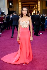 Oscars-2013-Red-Carpet-arrivals-Kerry-Washington-2