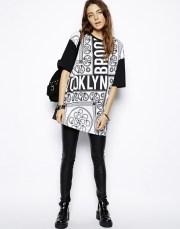 ASOS €19 - Oversize T-Shirt In Bandana Print http://tinyurl.com/mlhm7jm