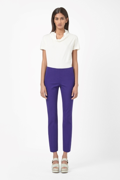 Cropped side-zip trousers €69 - http://www.cosstores.com/ie/Shop/Women/Trousers/Cropped_side-zip_trousers/46887-14621078.1#