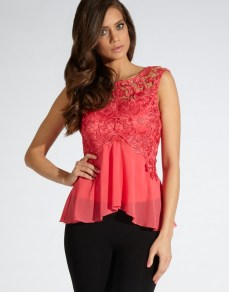 Lipsy Wax Lace Swing Top £45/€55 - http://www.lipsy.co.uk/store/tops/lipsy-wax-lace-swing-top/product-is-JT01612_041