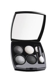 Chanel €50 - Les 4 Ombres in Smokey Eyes http://bit.ly/1obOOJE