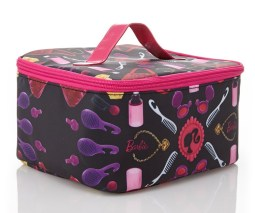 Forever 21 €8.45 - Barbie Travel Cosmetic Case http://bit.ly/1qIoHMB