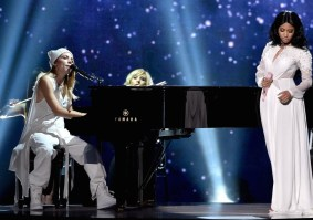 Skylar Gray & Nicki Minaj