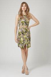 Topshop from €61.95/£45 - Jacquard Flower Crop SetTop http://bit.ly/1zlO6i5Skirt http://bit.ly/1EUf6Ke