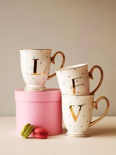 Moss Cottage €18 - Alphabet Mug http://moss.ie/collections/mugs/products/alphabet-spotty-mugs