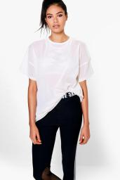 Boohoo Laila Fit Oversized Mesh Workout Tee, €14 http://www.boohoo.com/boohoo-fit/laila-fit-oversized-mesh-workout-tee/invt/dzz63192