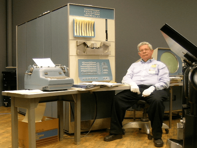 steve_russell_and_pdp-1