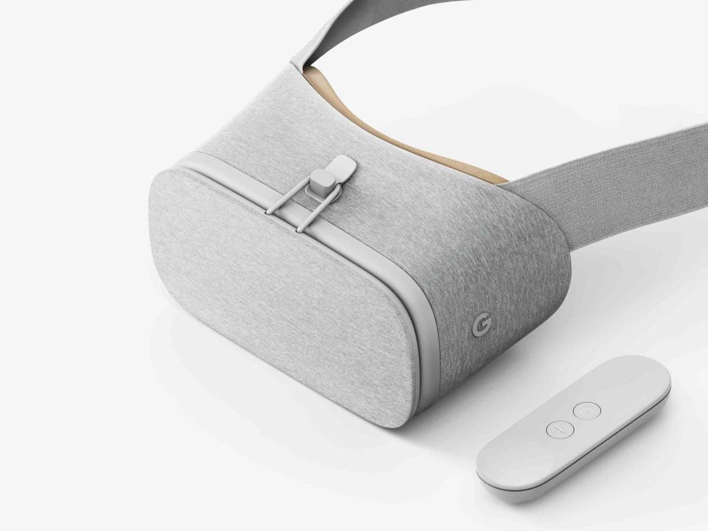 The Daydream View is shockingly maybe the coziest VR platform. Just look at that soft fabric. Fuck plastic.
