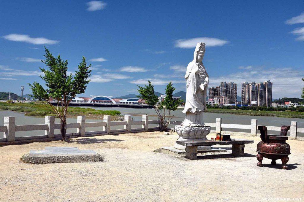 First Bay Bridge in China Luoyang Bridge in Quanzhou