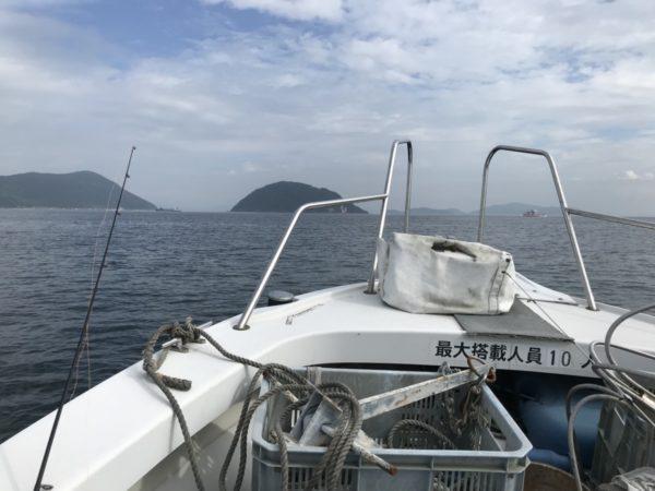 荘内半島 釣り船