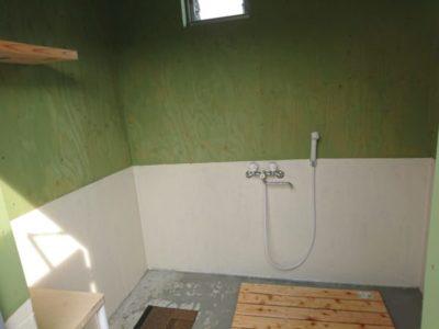 荘内半島オートキャンプ場 シャワー室