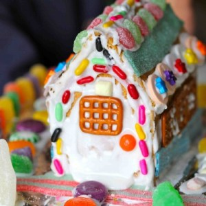 gingerbread-house-4-1