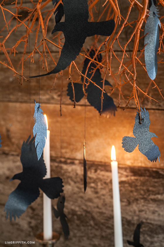 10+ Easy Halloween Projects for your Silhouette & Cricut   www.kimberdawnco.com
