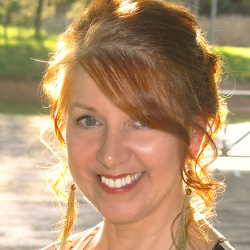 Kim Cleary, Author of the dark urban fantasy Daughter of Ravenswood Series