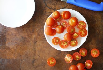 How to slice cherry tomatoes quickly with Kim D'Eon & Rob Bragagnolo