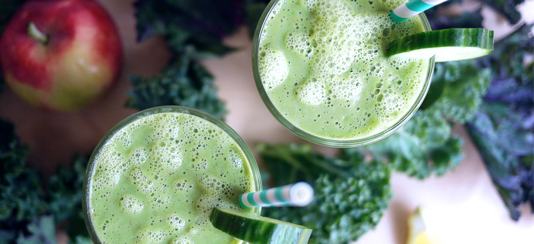 Kale Green Smoothie | Kim D'Eon Holistic Nutritionist