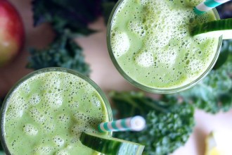 Kale Green Smoothie | Kim D'Eon Holistic Nutritionist