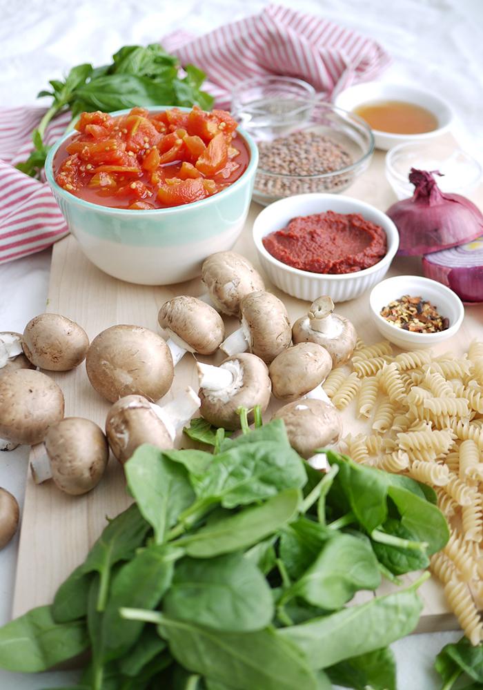 kim-deon-denis-Chunky-Tomato-Mushroom-Sauce-4