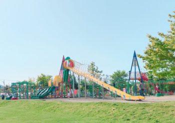 札幌市北区の屯田公園をご紹介!遊具が楽しくて便利なお店もあるよ!