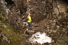 Daan bij een mini gletsjer