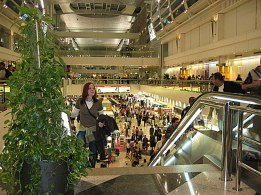 dubai-airport_arrival_in_UAE