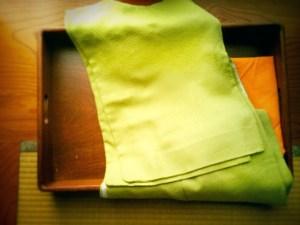 鶯色の着物