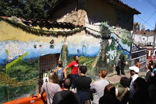 Bogota graffiti tour: uitleg van de gids