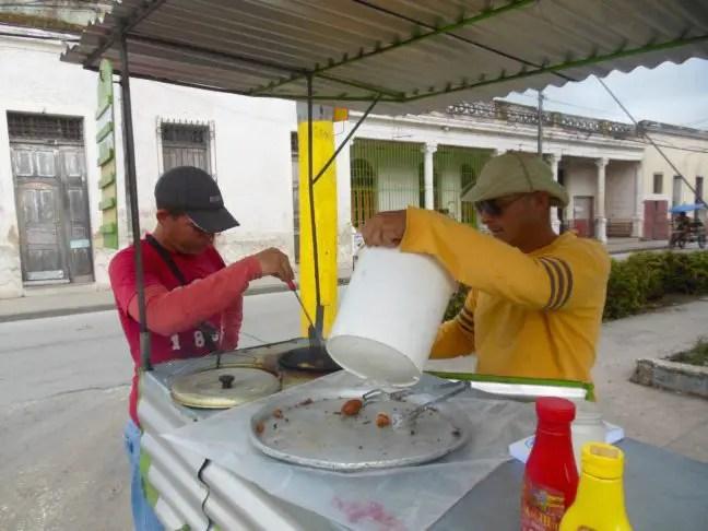 Streetfood in Holguín