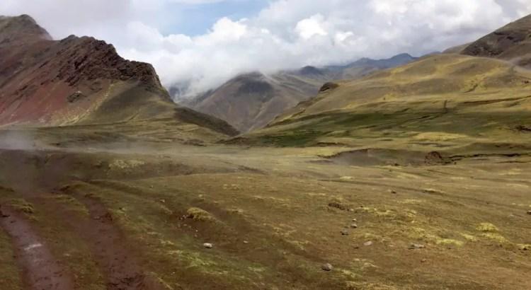 Onderweg naar Rainbow Mountain Peru