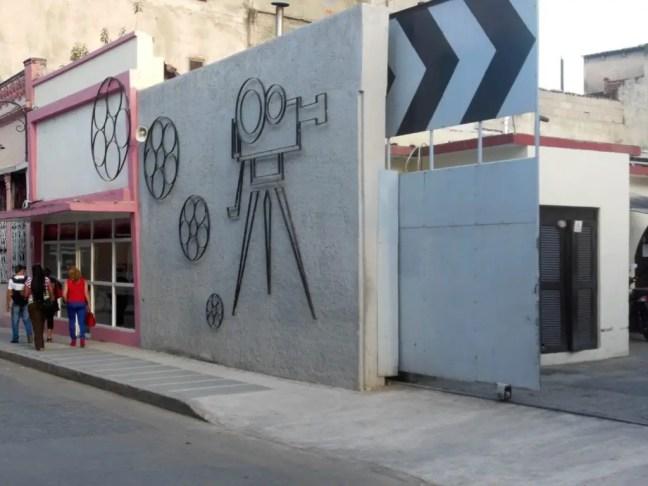 Filmstraat in Camaguey Cuba