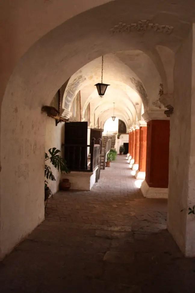 Binnen bij het Monasterio de Santa Catalina in Arequipa