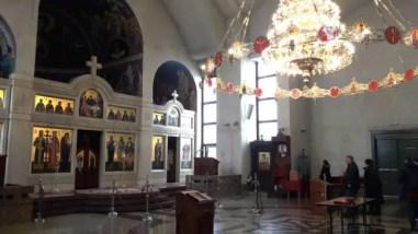 Binnen in de orthodoxe kerk.