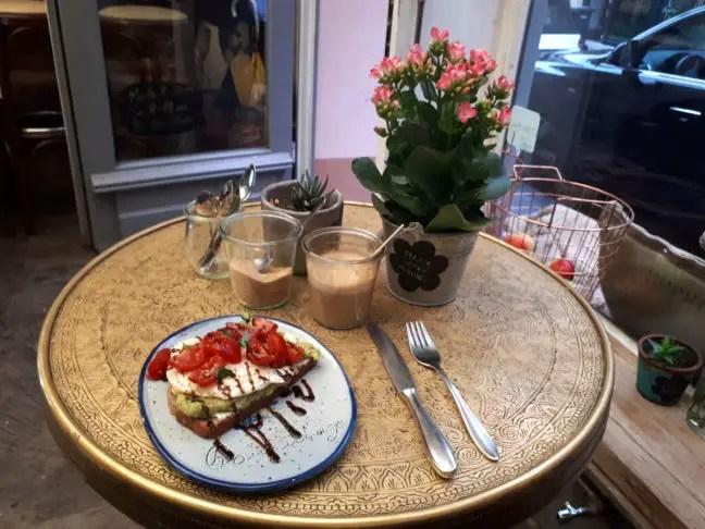 Ontbijtje bij Hommage in Keulen
