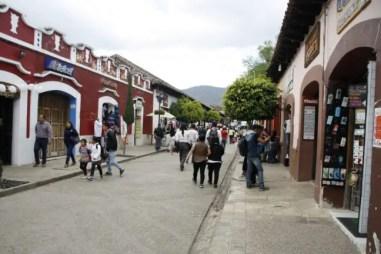 Winkelstraat in San Cristóbal.