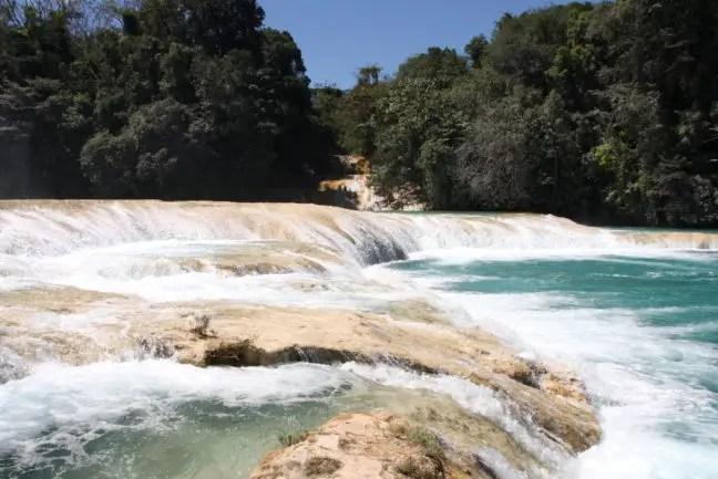 Agua Azul, op een uurtje afstand van Palenque