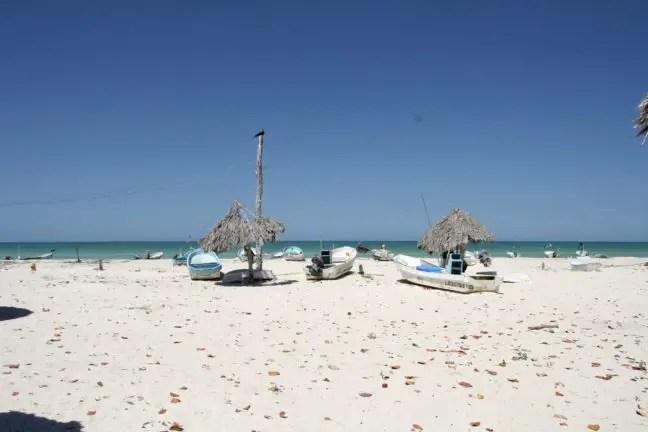 Strand van Las Coloradas.