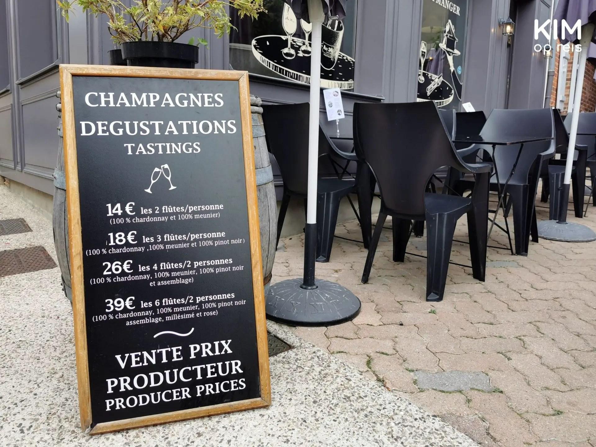 Au36 champagneproeverij: bord met prijzen van de champagneproeverijen