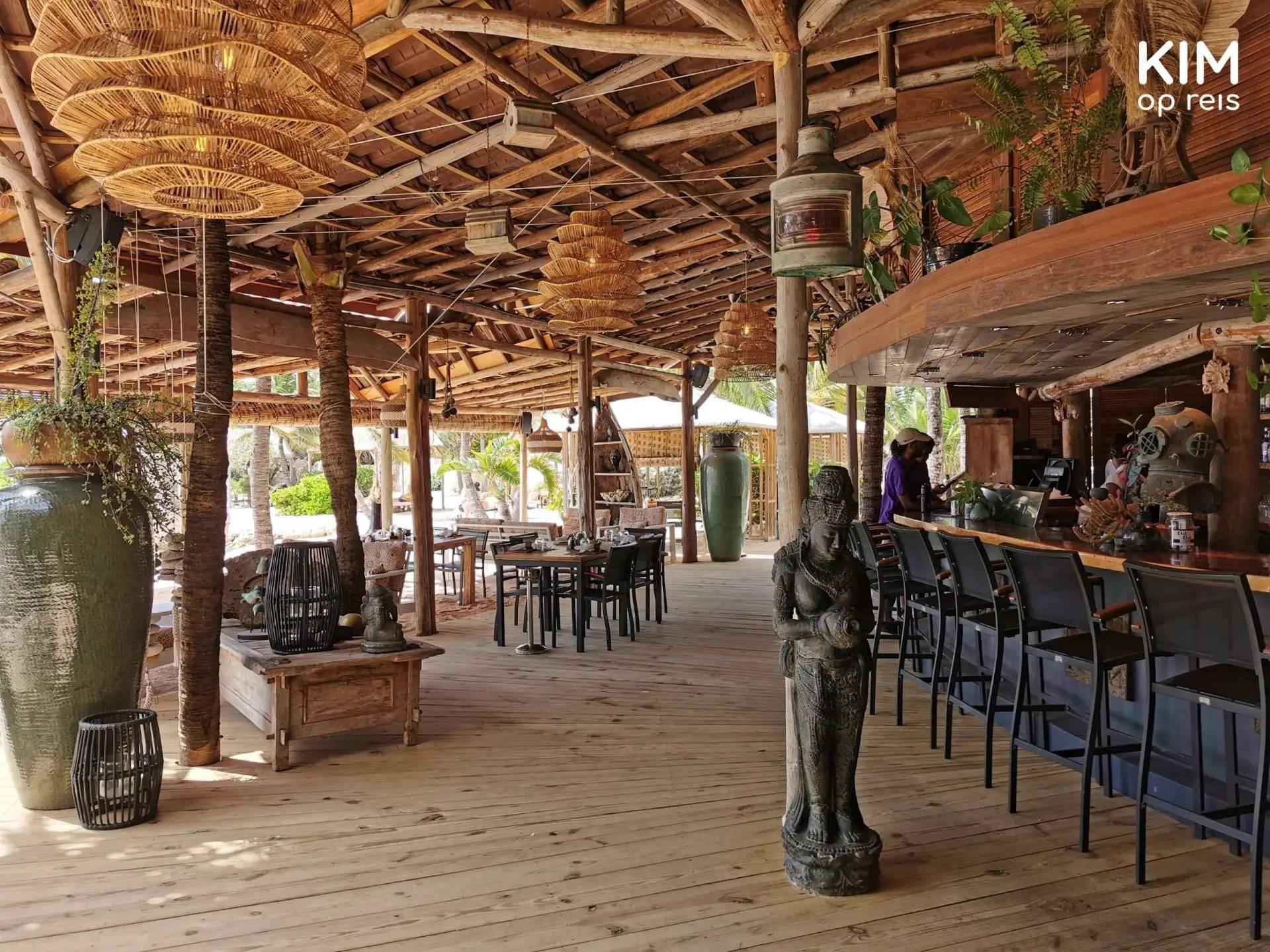 Baoase interior Curaçao: barsection Baoase