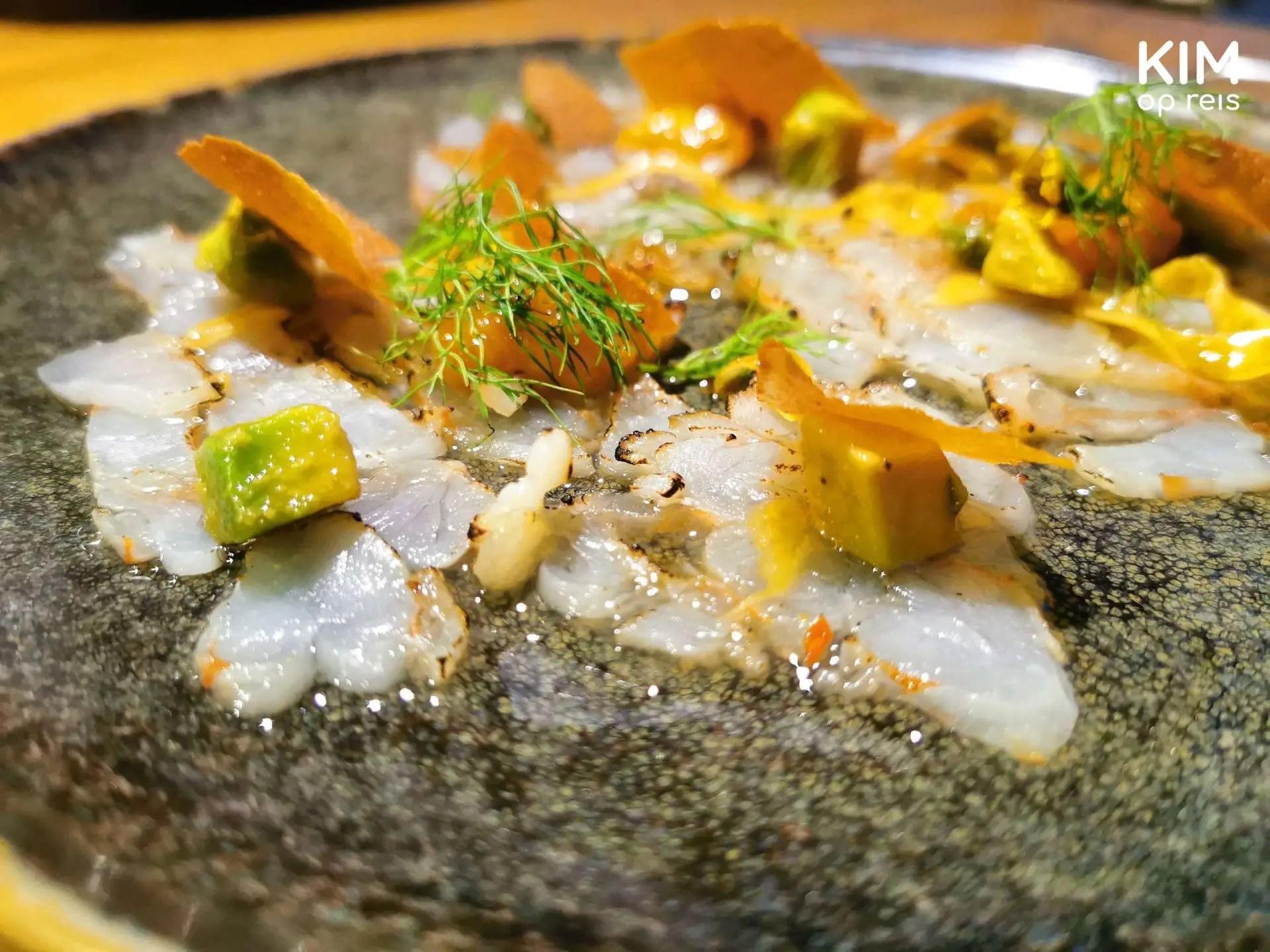 Restaurant Nultwintig diner Curaçao: carpaccio van inktvis