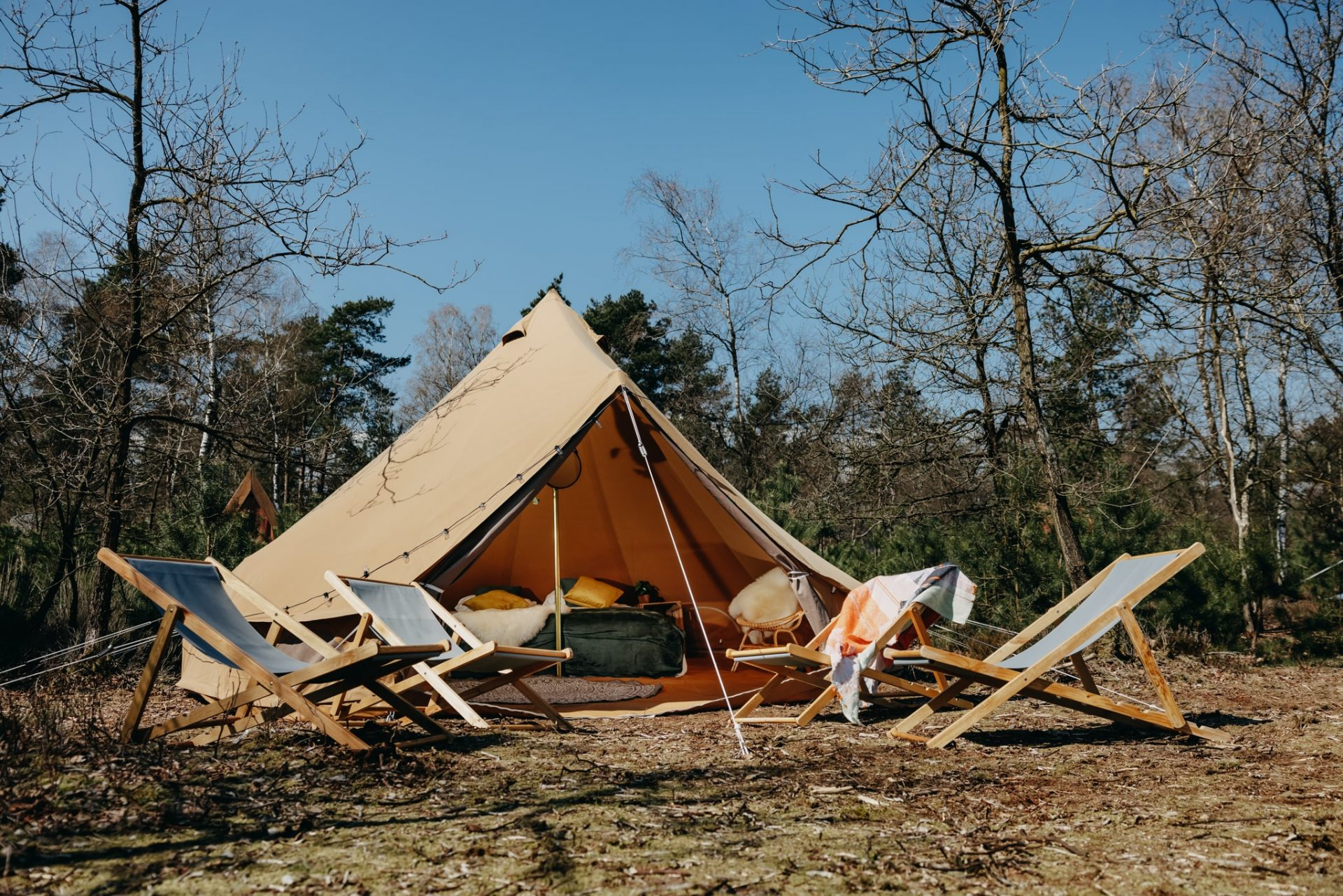 Glamp Outdoor Camp pop-up glamping
