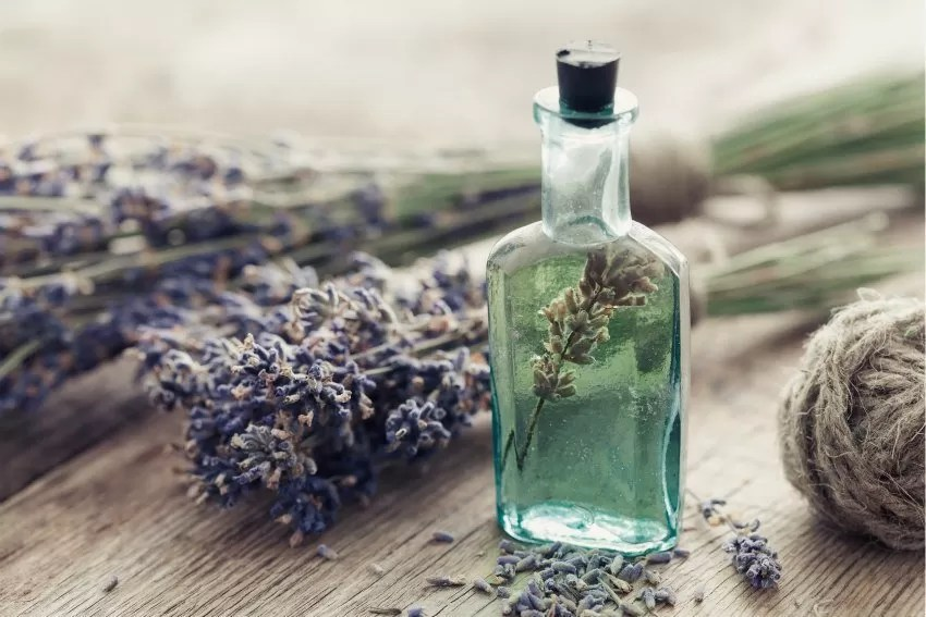 essential oils for heartbreak
