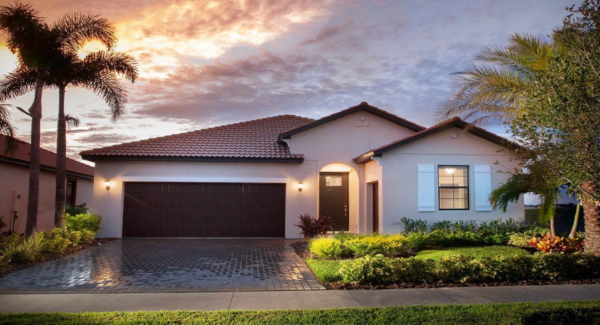 The  Dawning Models Lennar Active Adult Medley at Southshore Bay Crystal Lagoons Wimauma Florida Real Estate | Wimauma Realtor | New Homes for Sale | Wimauma Florida
