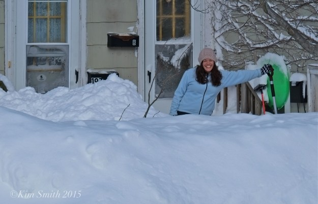 East Gloucester Blizzard 2015 Colleen digging out ©Kim Smith 2015