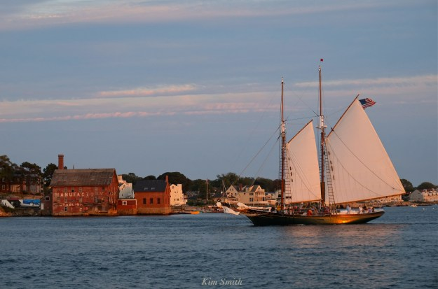 schooner-thomas-e-lannon-sunset-paint-factory-gloucester-copyright-kim-smith