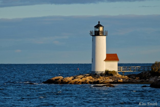 annisquam-lighthouse-copyright-kim-smith