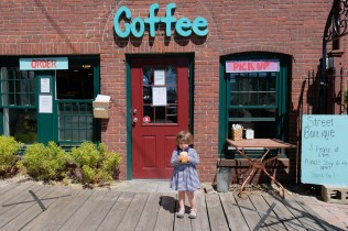 Castaways Vintage Cafe copyright Kim Smith - 3 of 4