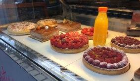 Boulangerie (bakery) on Rue de Faubourg Saint-Antoine
