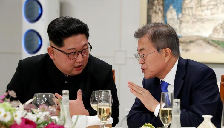 문재인 김정은 남북회담 1024x587 일본과 대화할 용의 있어..남북회담에서 김정은 위원장 발언