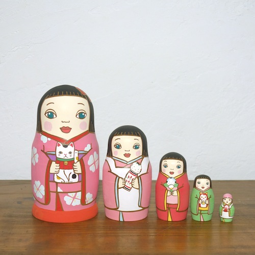 ML5-4-2 Matryoshka 5sets 人形遊び Doll play  Size:16.5cm/Material: wood  ¥18,000+Tax